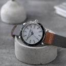 Hush Puppies Three-hand date leather strap watch (Taiwan)
